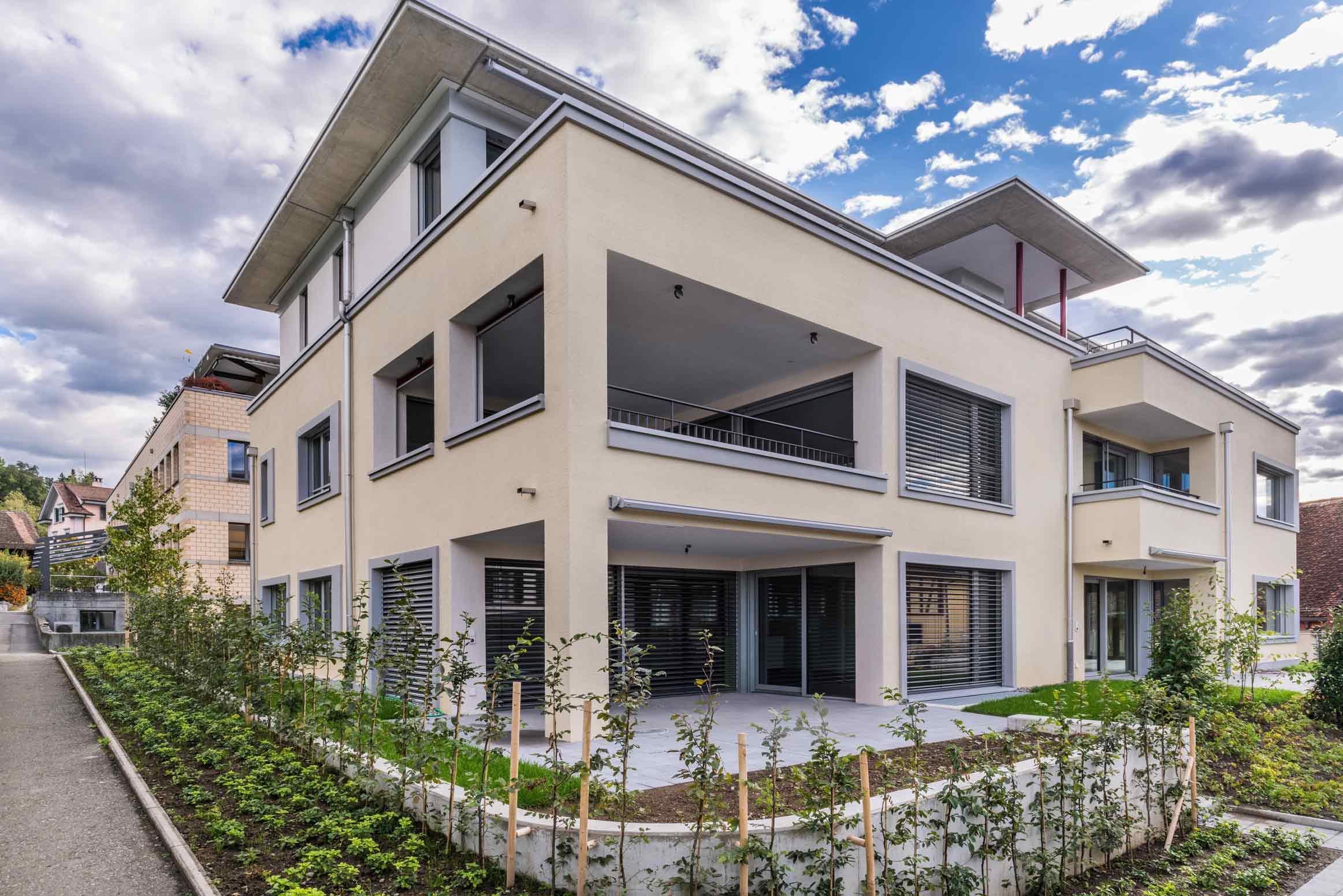 Baumanagement-Mehrfamilenhaus-Fasade