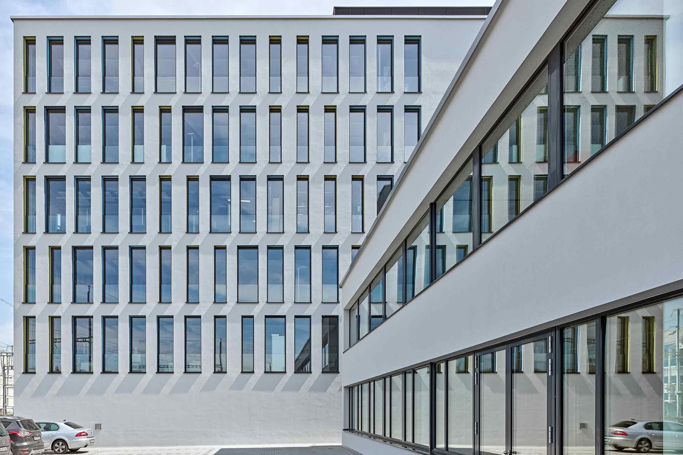 Fassade Baumanagement für SMGV, VSSM und Coiffure Suisse Wallisellen