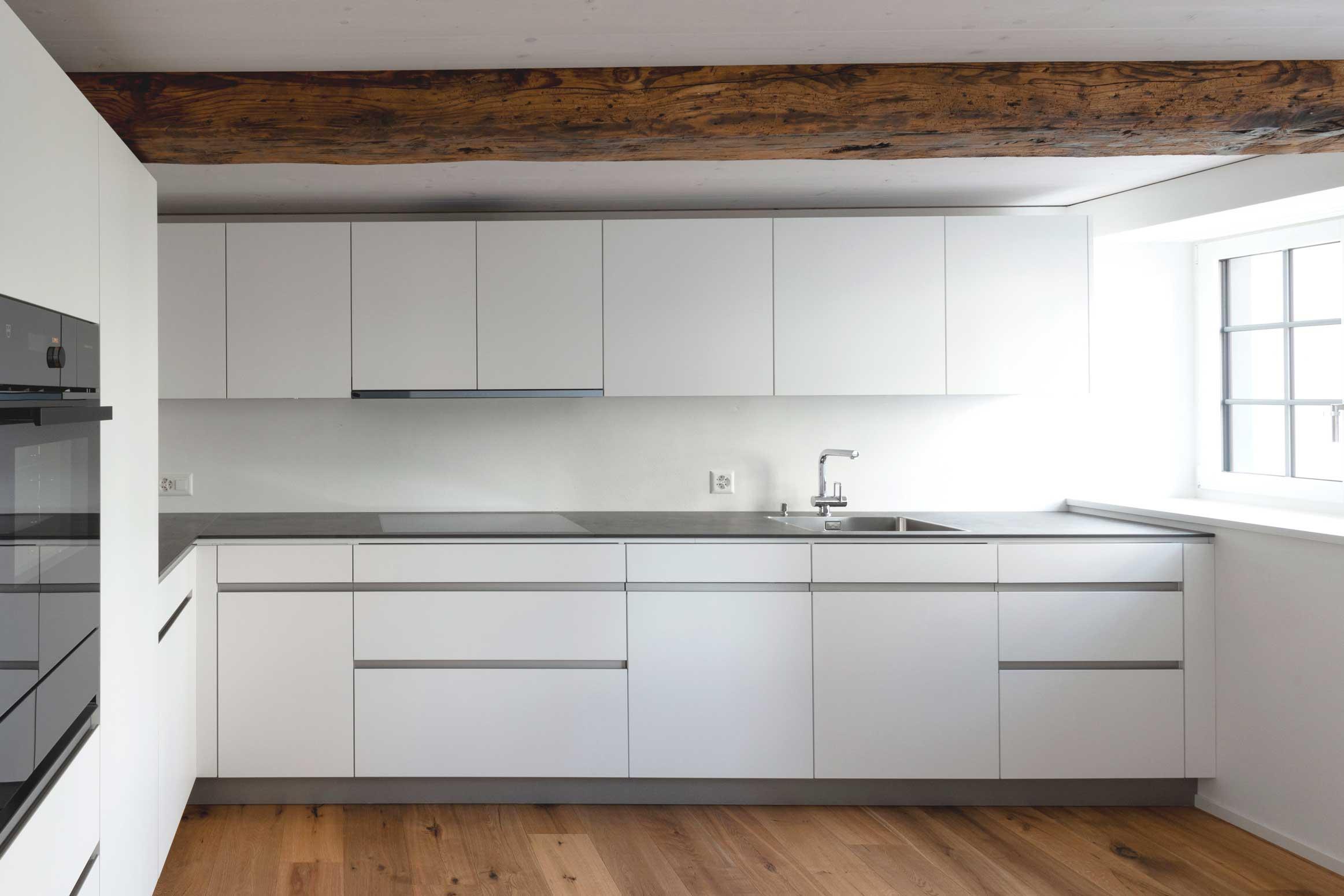 Baumanagement am Dorfbach Dürnten Neubau-Sanierung Heimatschutz Werubau AG Küche