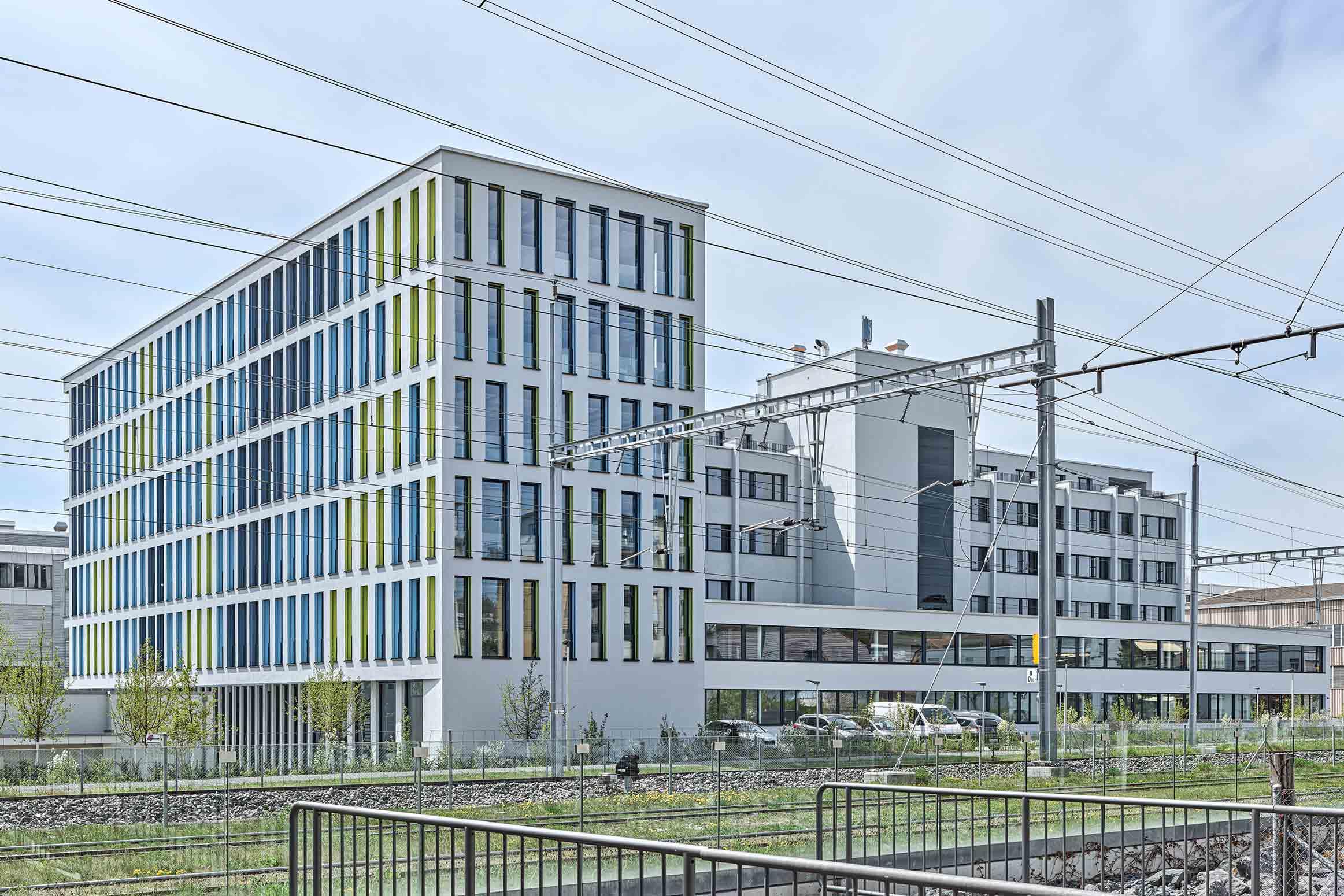 Neubau CH Architekten für Maler- und Gipserunternehmer-Verband SMGV Wallisellen